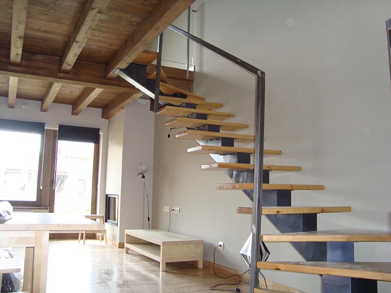 escalera zanca central5